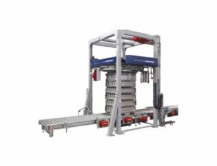 Automatic stretch wrapping machines